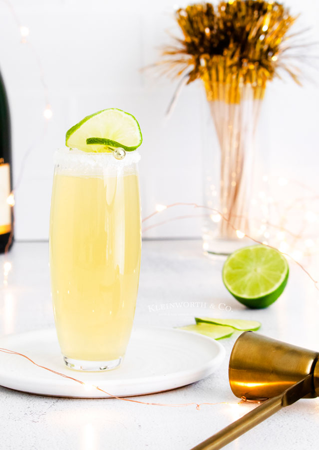 how to make Sparkling Champagne Margarita