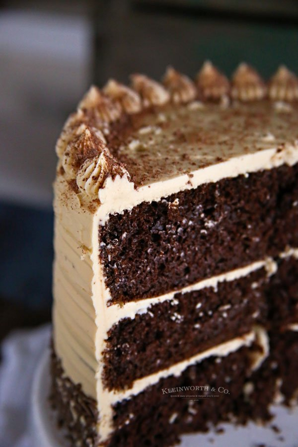 coffee frosting on chocolate cake