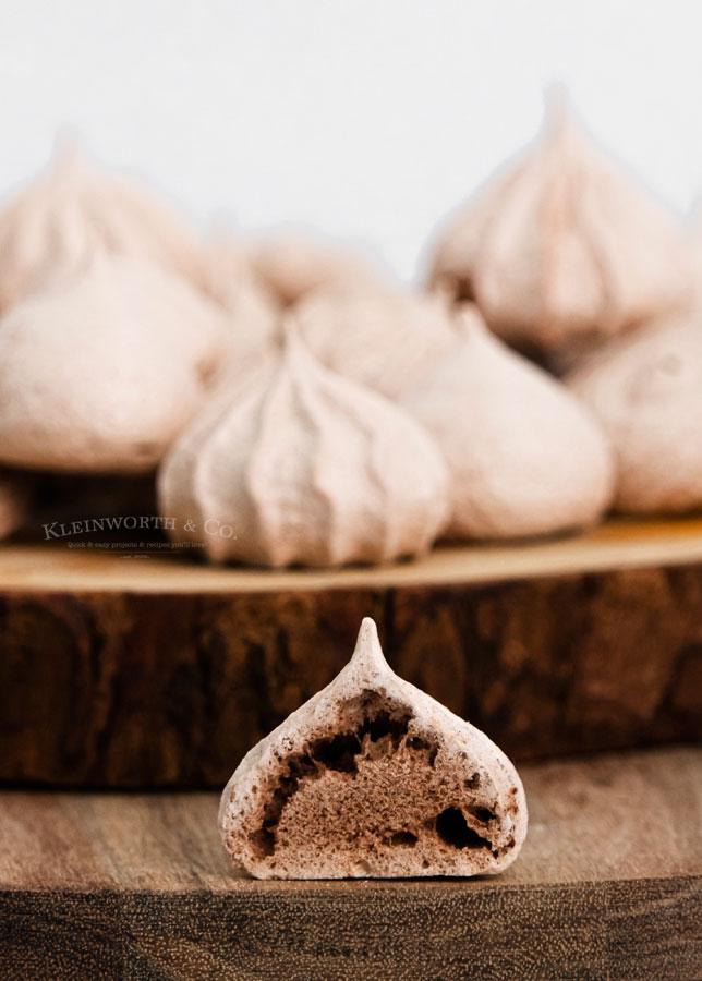 Best Chocolate Meringues