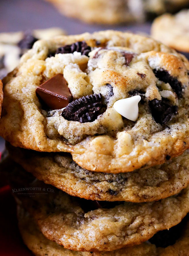 buttery cookies with Oreos