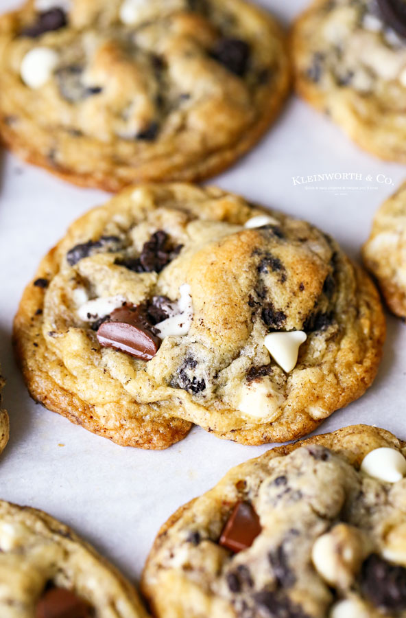 chocolate chunk buttery cookies