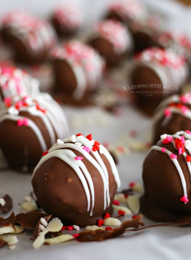 Recipe for Valentine Oreo Truffles
