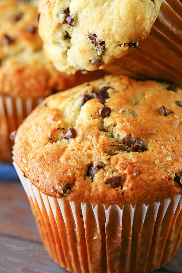 breakfast chocolate chip muffins