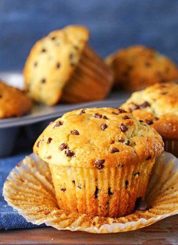 JUMBO Bakery-Style Chocolate Chip Muffins Recipe