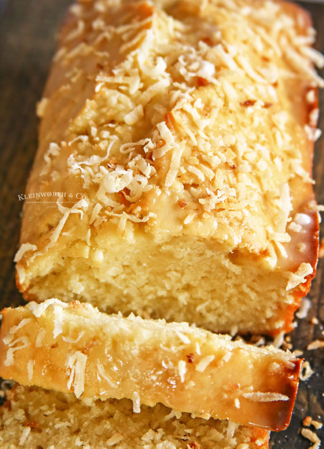 sweet bread with coconut