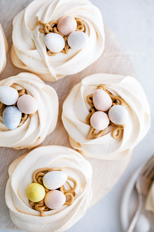 cookie meringue nests
