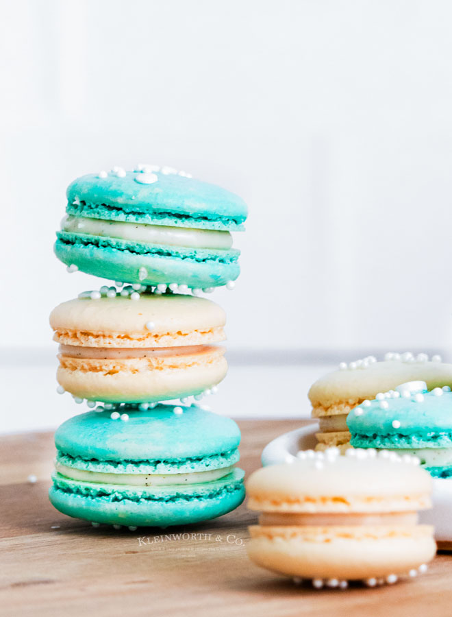 stack of blue and white cookies