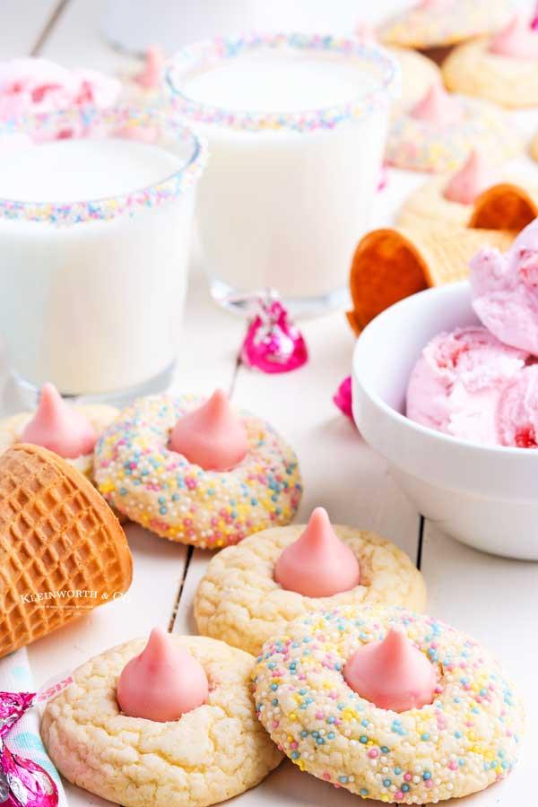 Strawberry Birthday Cookies