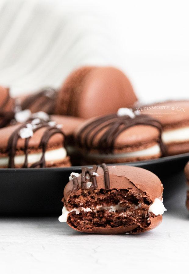 chocolate macaron cookies