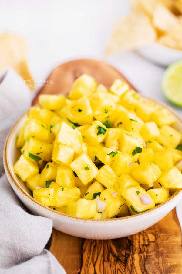 appetizer pineapple salsa
