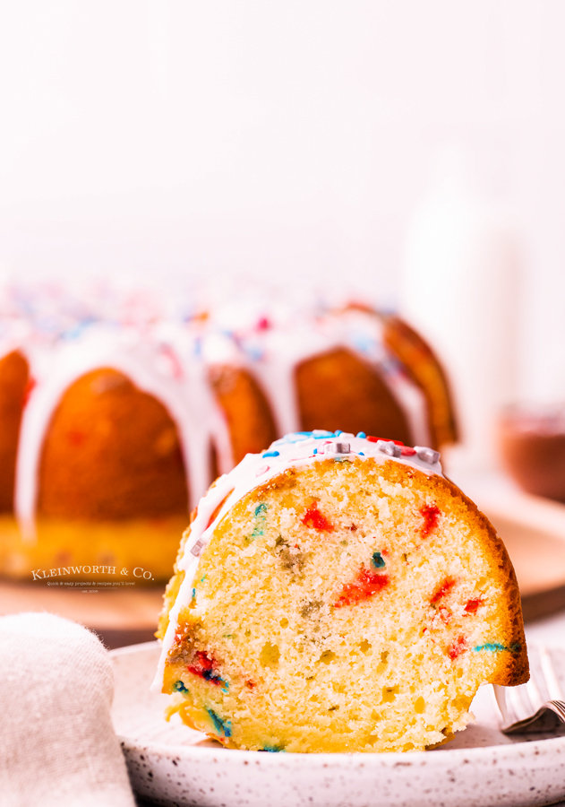 celebrate independence day cake