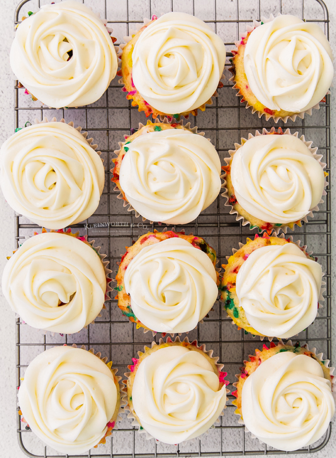 frosted funetti cupcakes