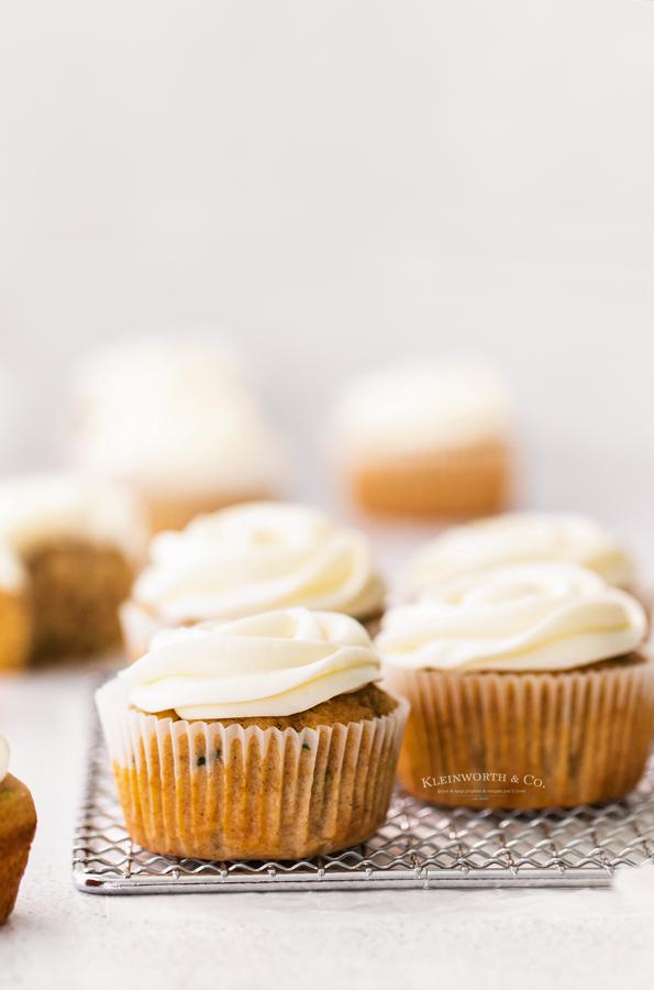 dessert cupcakes zucchini