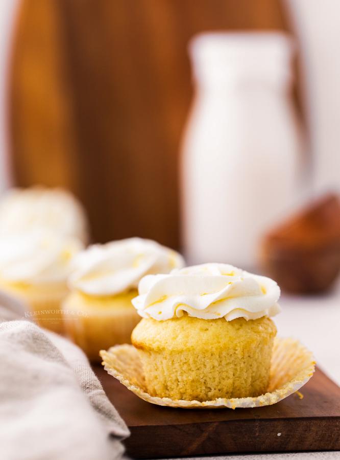 birthday cupcakes with lemon