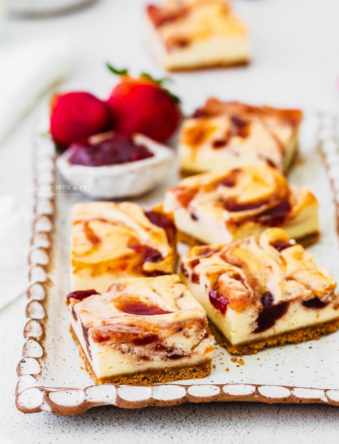 recipe for Strawberry Cheesecake Bars
