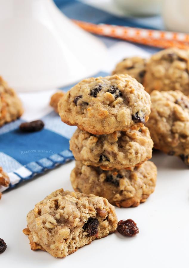 chunky oatmeal cookies