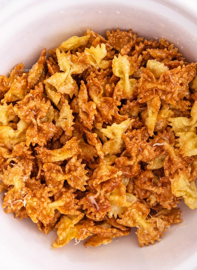 cheesy pasta chips