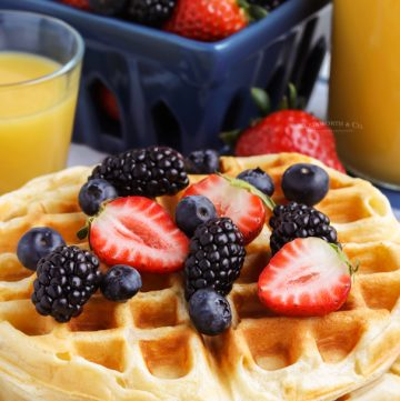 morning food - waffle with berries