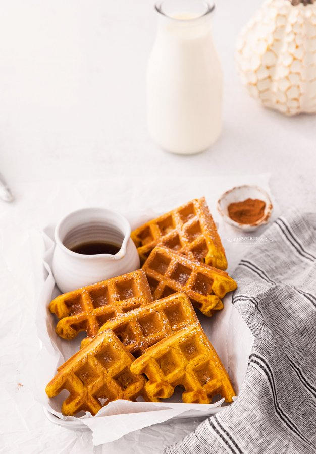 easy waffles with pumpkin