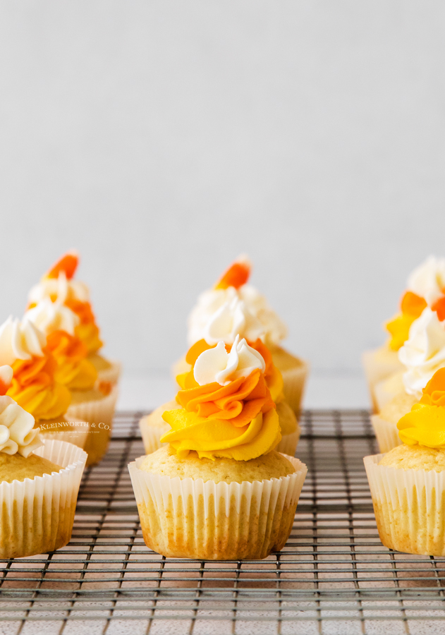 fall cupcakes with candy corn