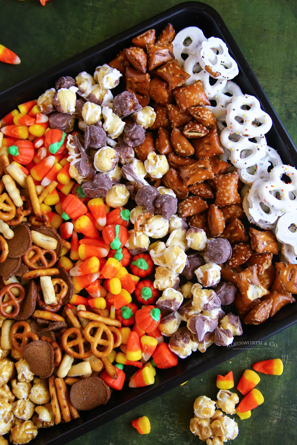 recipe for Halloween Snack Mix