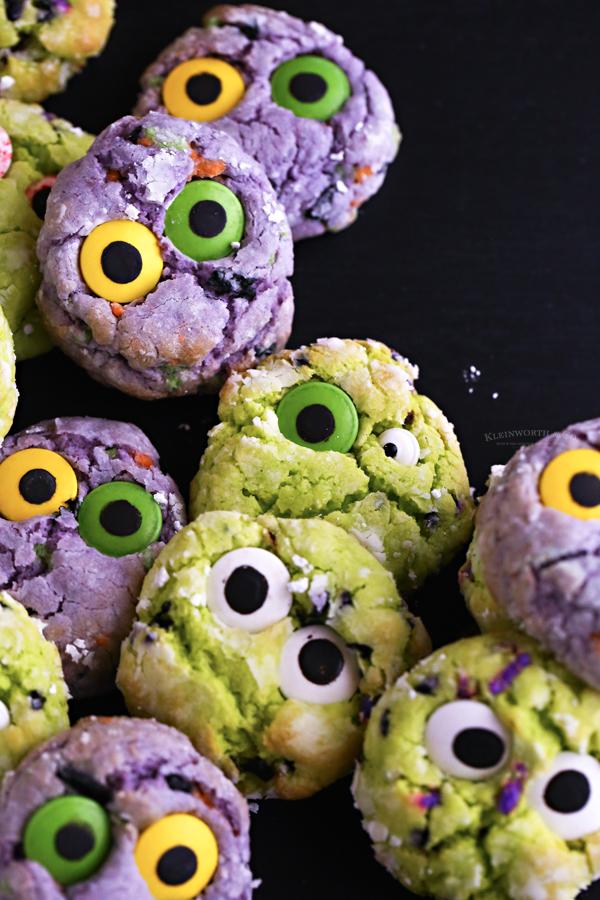 purple halloween cookies