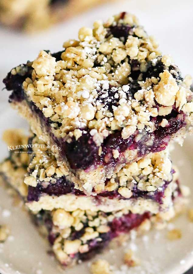 baking with blueberries - Blueberry Crumble Bars