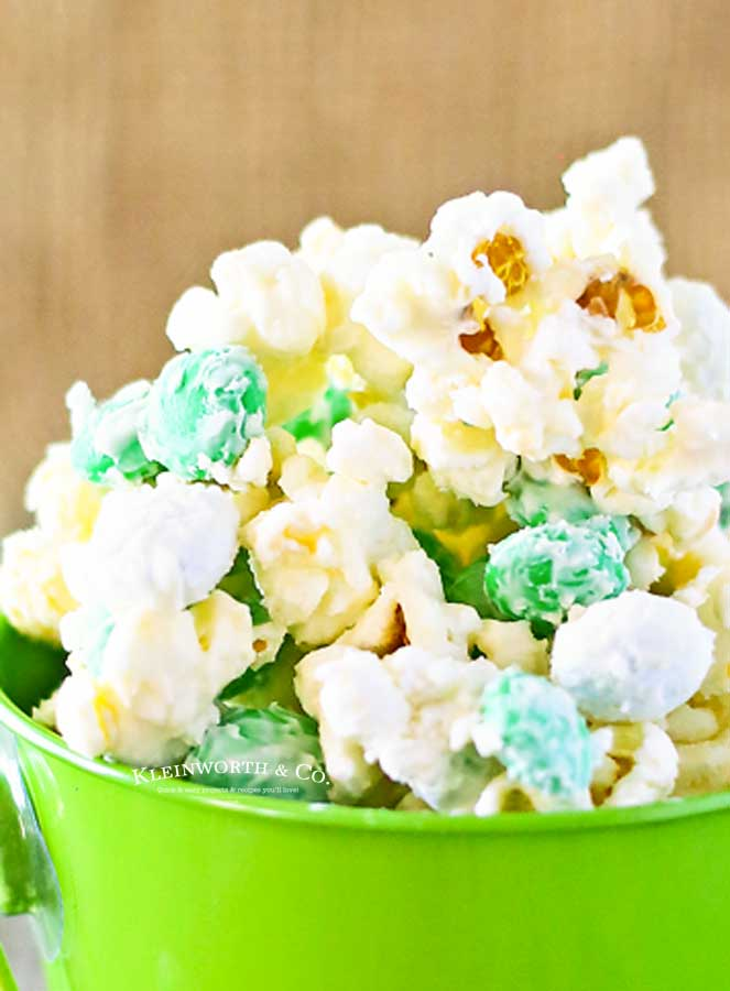 how to make Mint M&M Popcorn