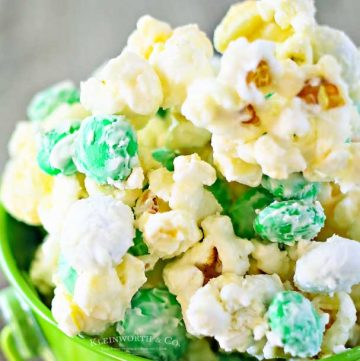 Minty Shamrock M&M Popcorn recipe
