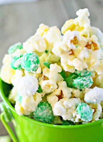 Minty Shamrock M&M Popcorn recipe
