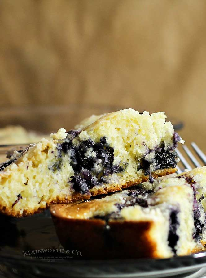 summer berry recipe - Blueberry Pie Coffee Cake