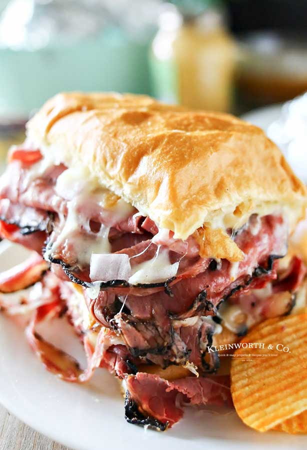how to make Grilled Hot Pastrami Sandwich
