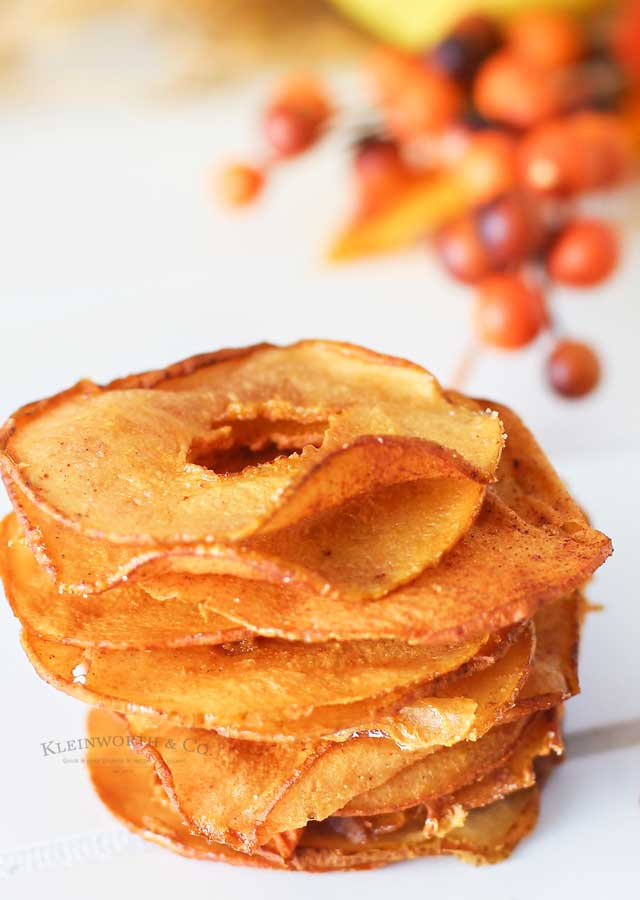 dried pear slices - Cinnamon Pear Chips