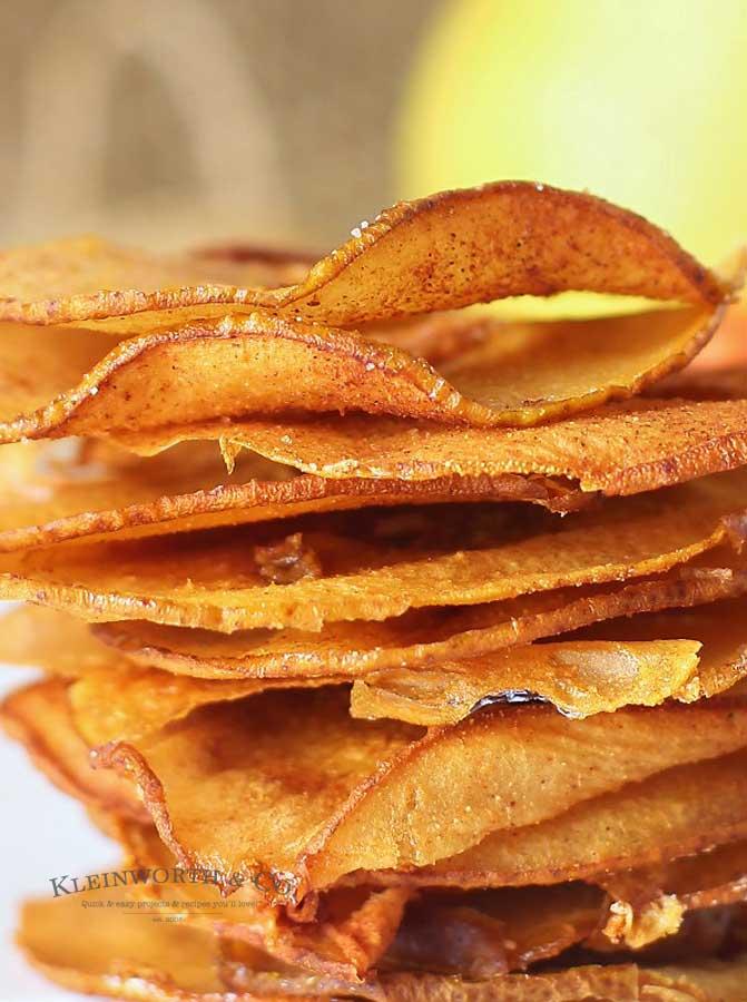 fall recipe -Cinnamon Pear Chips