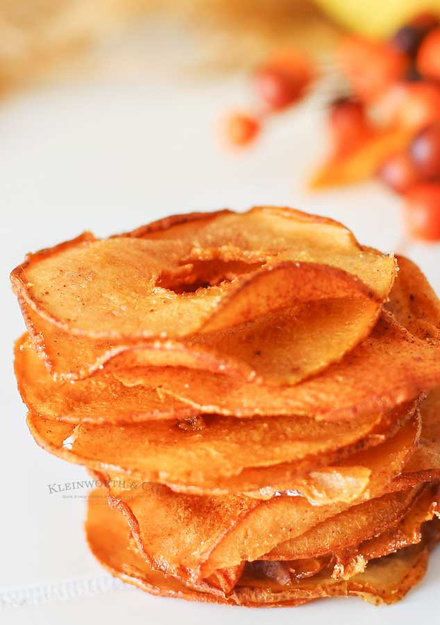 how to make Cinnamon Pear Chips