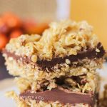 No Bake Chocolate Caramel Oat Bars
