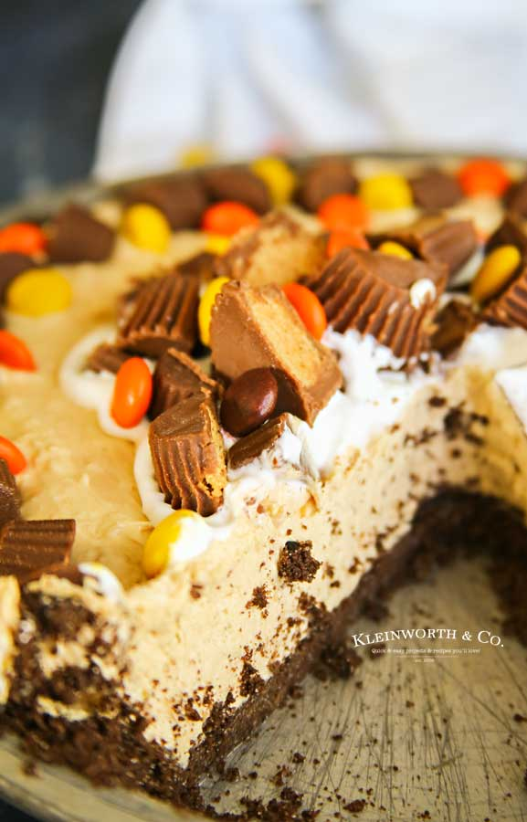 Peanut Butter Cream Pie - No-Bake Peanut Butter Pie