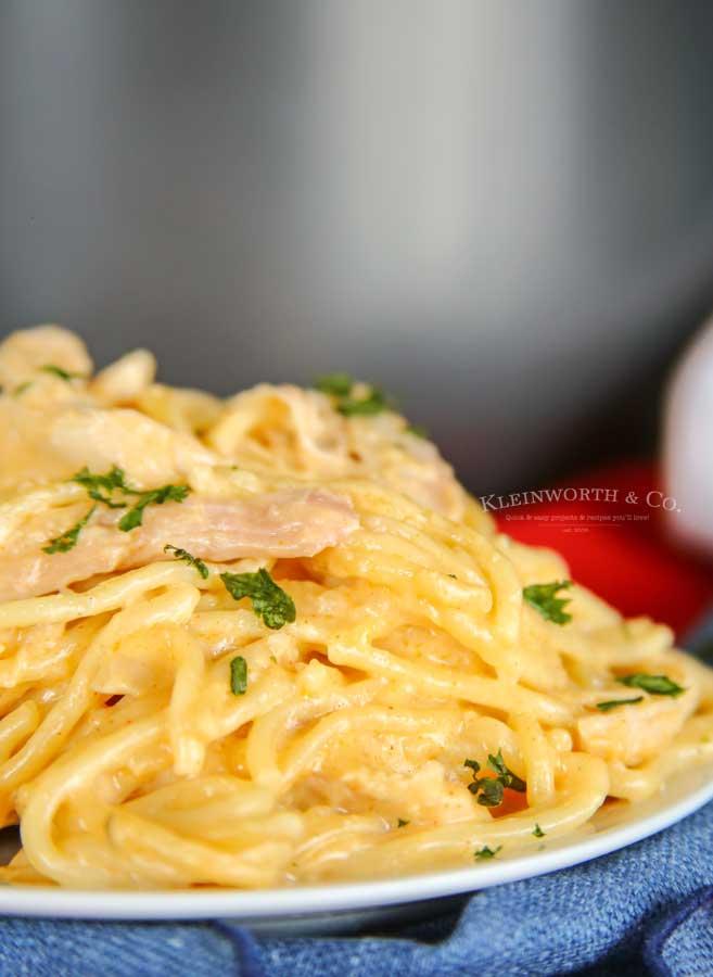 Cheesy Chicken Spaghetti pasta